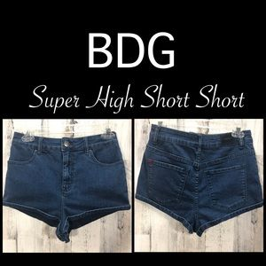 BDG Super High Short Short Size 28